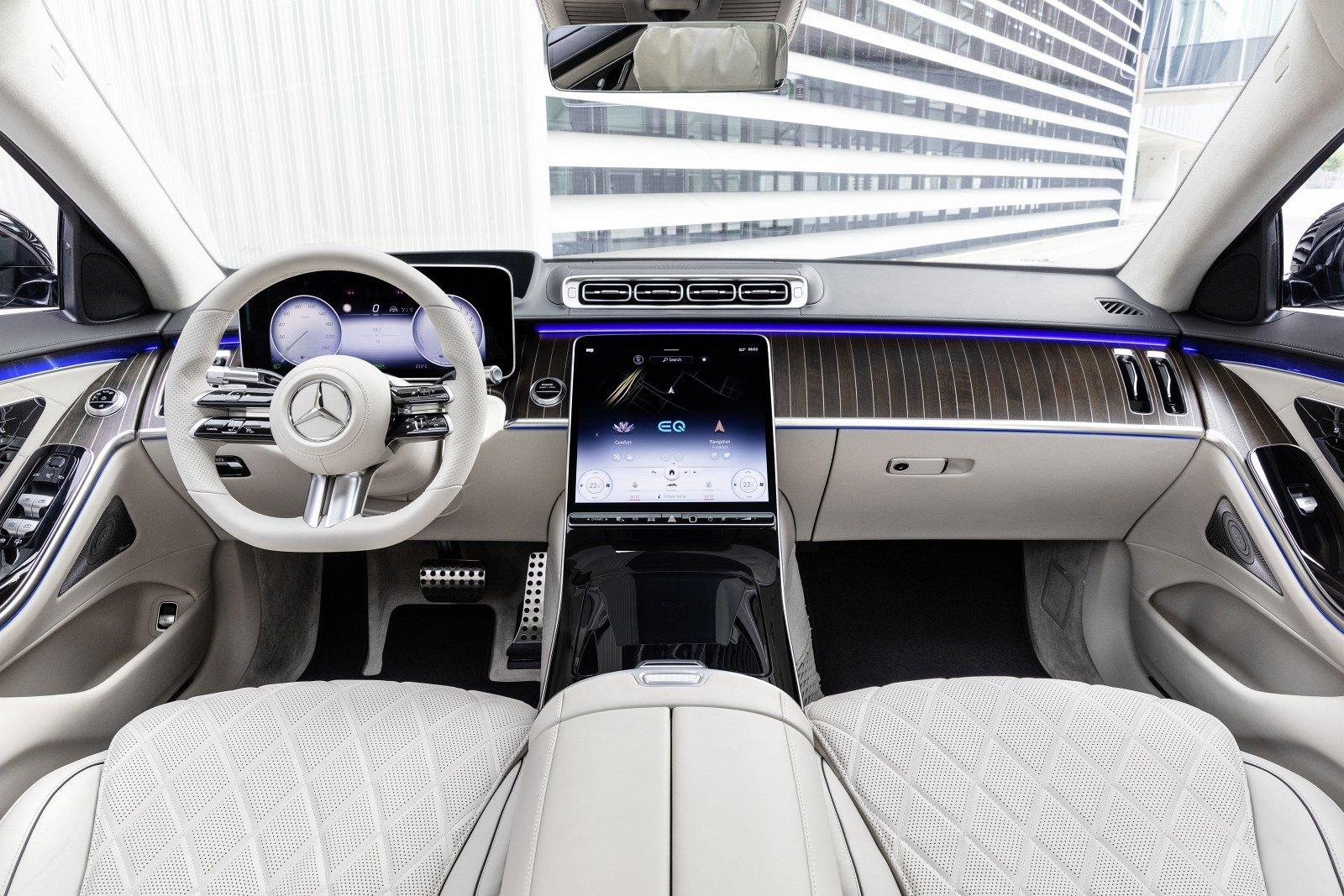 mercedes-klasy-s-2021-w223-deska-rozdzielcza-kokpit.jpg