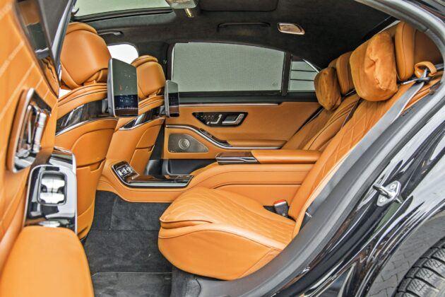 Mercedes klasy S - tylna kanapa