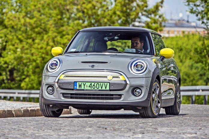 Mini Cooper SE - przód