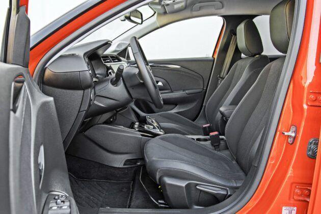 Opel Corsa-e - fotele przednie
