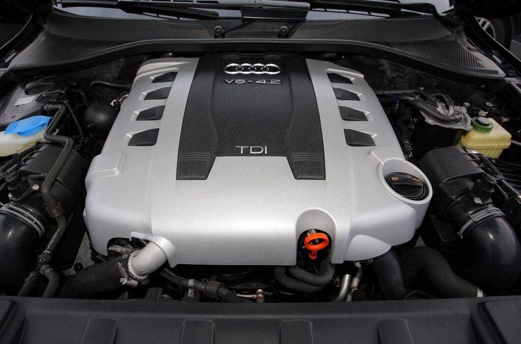 Audi Q7 I 23