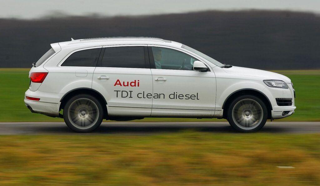 Audi Q7 I 26