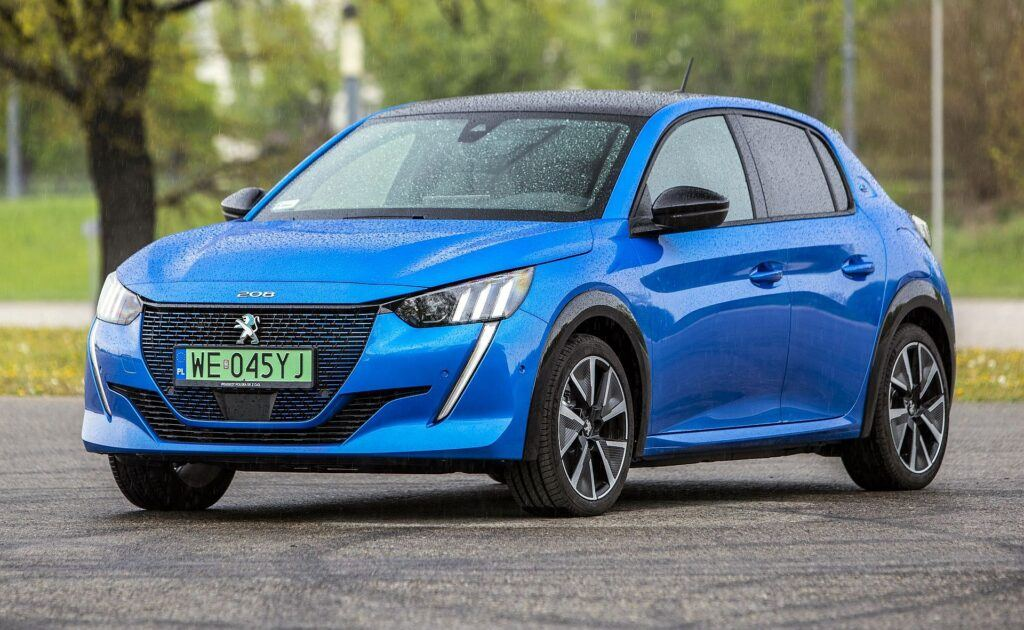 PEUGEOT e-208 GT 136KM 1AT FWD WE045YJ 04-2020