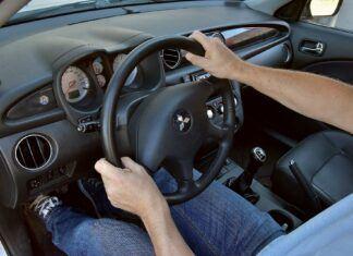 Dlaczego samochód ściąga na boki? Przyczyny ściągania auta podczas jazdy