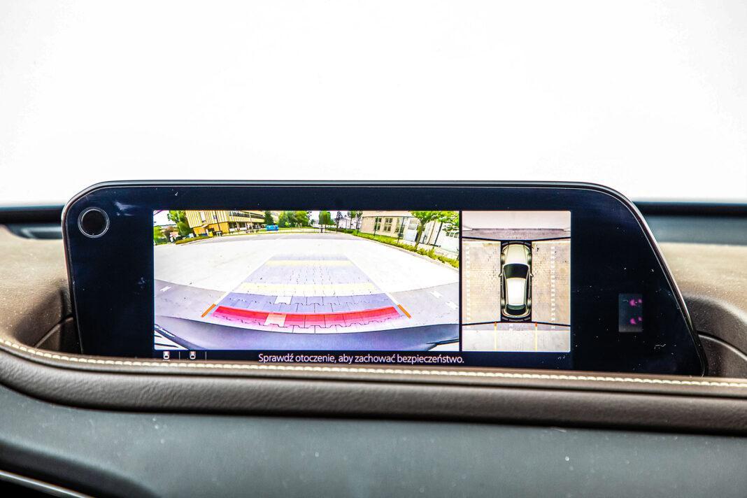 Mazda CX-30 - kamery