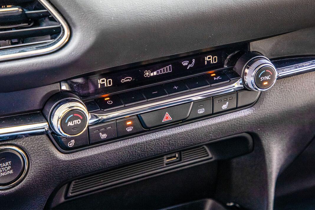 Mazda CX-30 - klimatyzacja