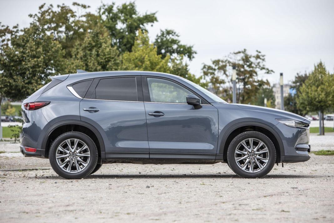 Mazda CX-5 - bok
