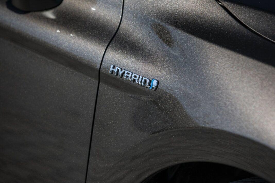 Toyota Camry Hybrid 2020 - test