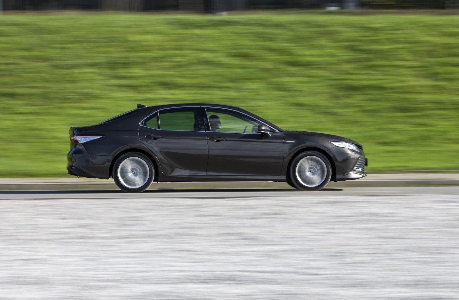 Toyota Camry Hybrid 2020 - test - komfort jazdy