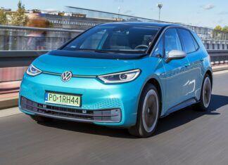"""Samochód elektryczny i fotowoltaika - czy można """"wyzerować"""" koszty eksploatacji auta na prąd?"""