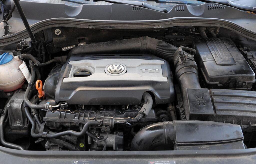 Volkswagen Passat B6 01