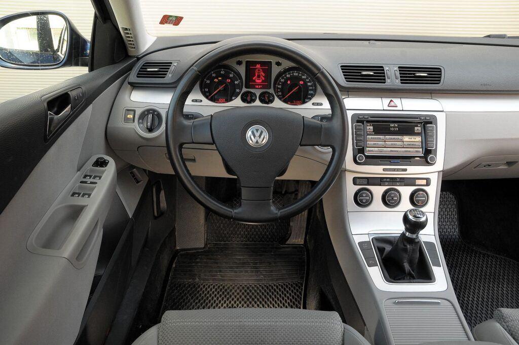 Volkswagen Passat B6 04