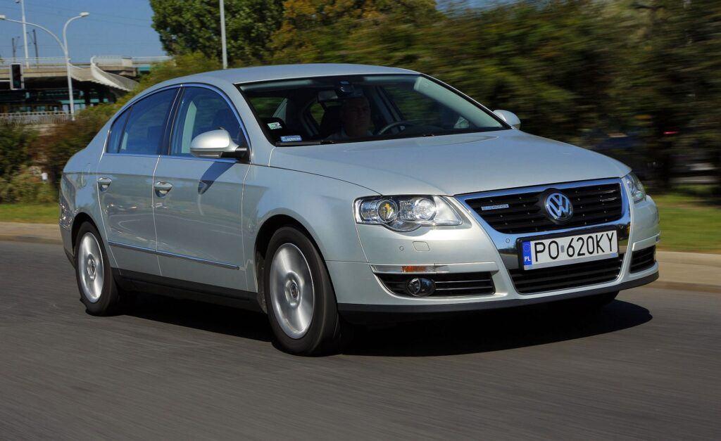 Volkswagen Passat B6 23