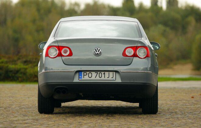 Volkswagen Passat B6 27