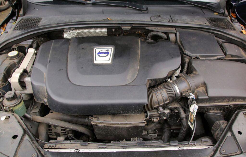 Volvo V70 III 03