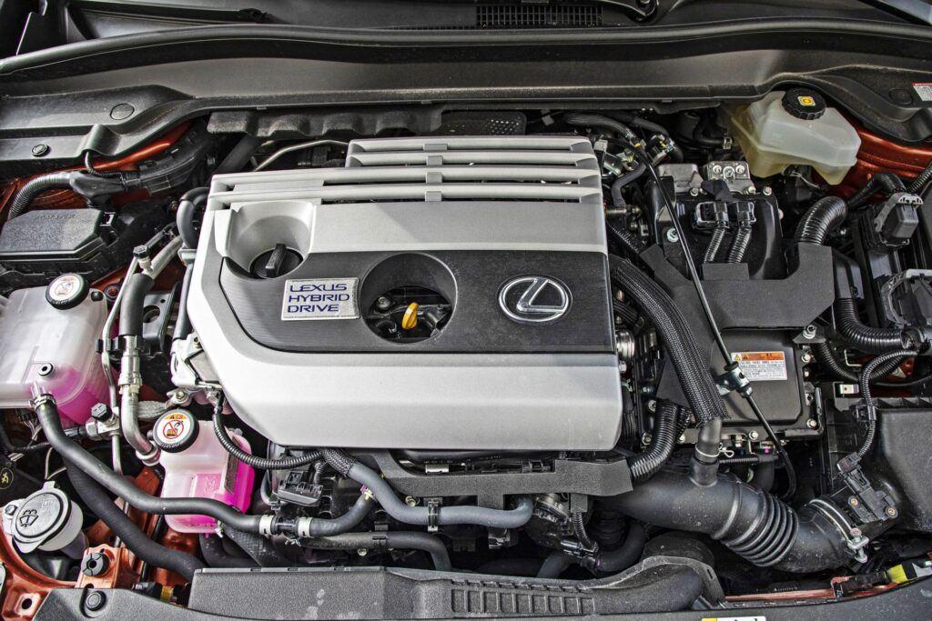 Lexus UX 250h - silnik