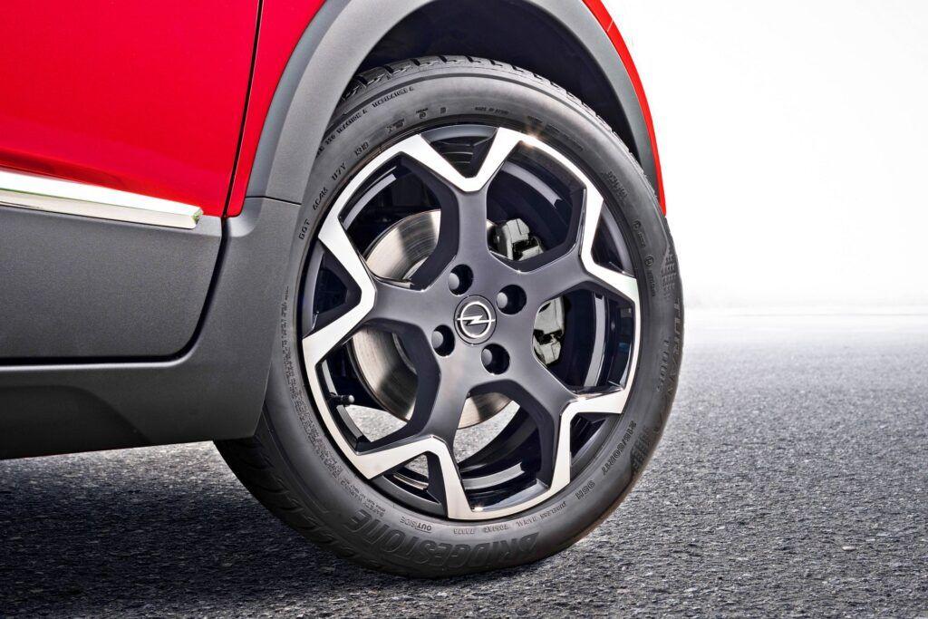 Nowy Opel Crossland (2021)
