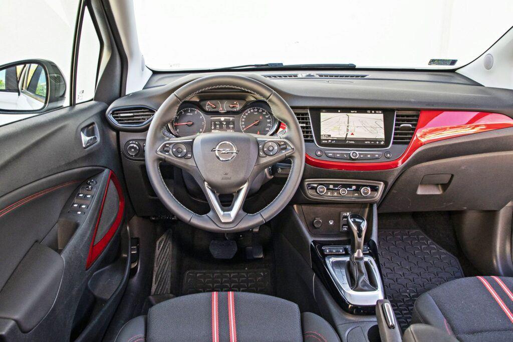 Opel Crossland - deska rozdzielcza