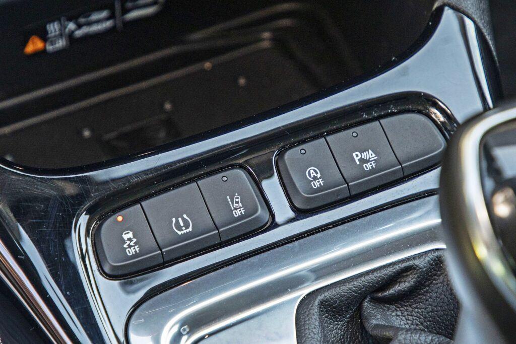 Opel Crossland - przyciski