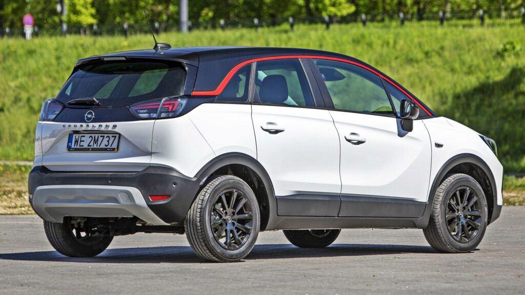 Opel Crossland - tył