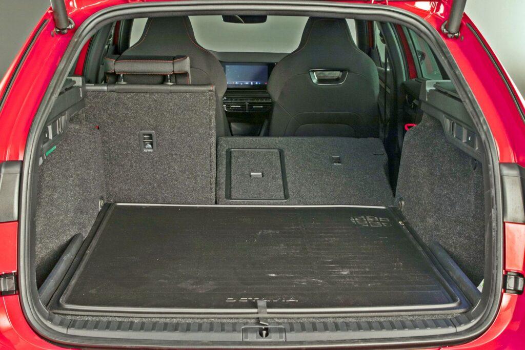 Nowa Skoda Octavia Combi RS (2020)