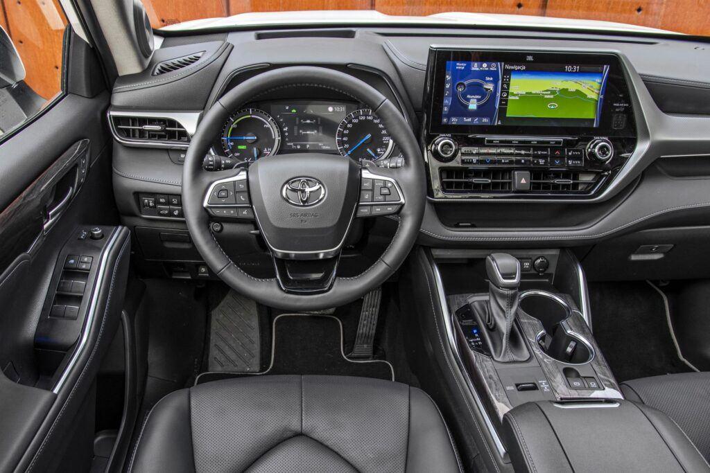 Toyota Highlander (2021)