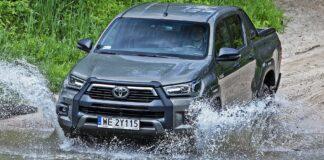 Toyota Hilux - przód
