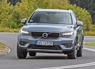 Volvo XC40 (2021). Opis wersji i cennik