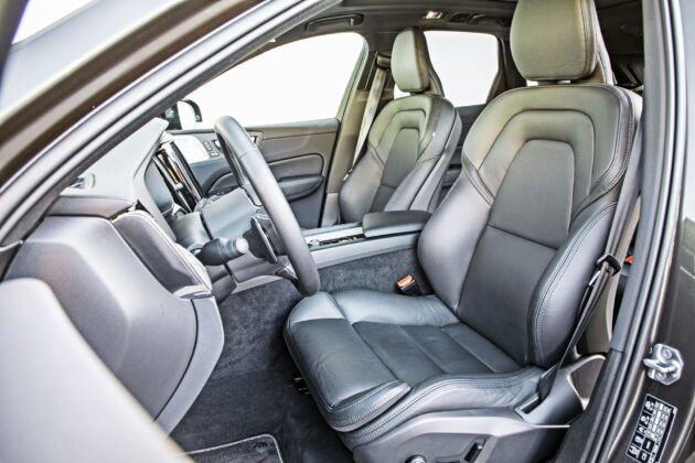 Volvo XC60 - fotele przednie
