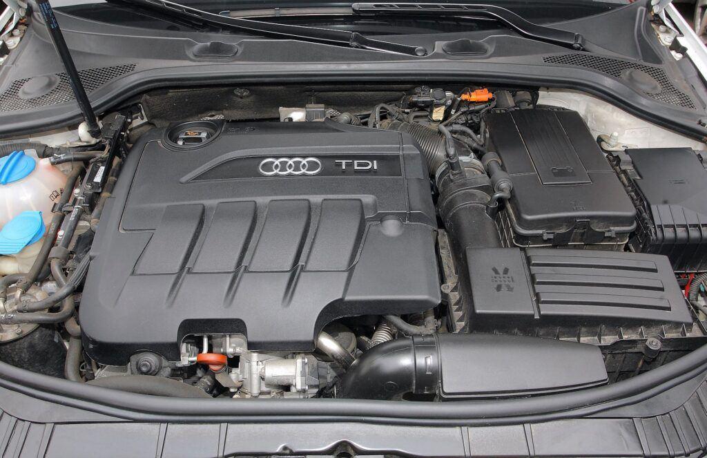 Audi A3 II (8P) 01
