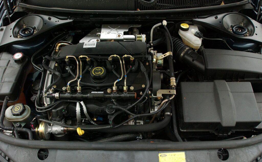 FORD Mondeo III Kombi Wolf 2.0TDCi 115KM 6MT WU32714 10-2004
