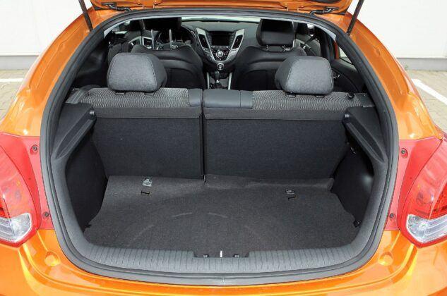 HYUNDAI Veloster Premium 1.6GDI 140KM 6MT WN7421C 09-2011
