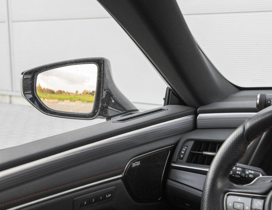 Lexus ES 300h F Sport Edition test 2020 - widoczność