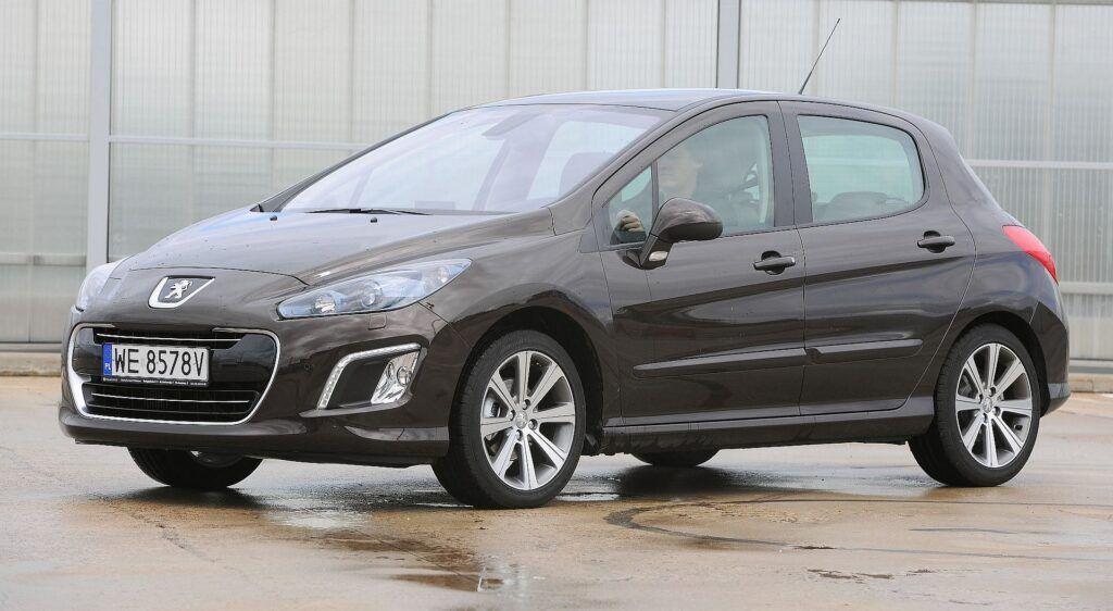 Peugeot 308 03