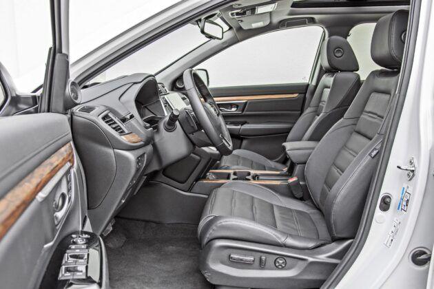 Honda CR-V - fotele przednie