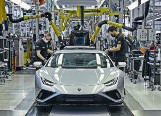 Tak powstaje Lamborghini Huracan EVO. Włoskie auto bez tajemnic