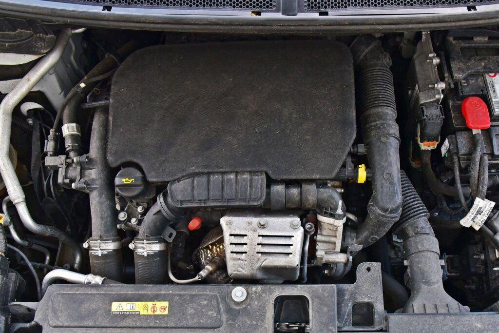 Opel Grandland X - silnik benzynowy