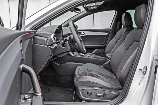 Seat Leon - fotele przednie