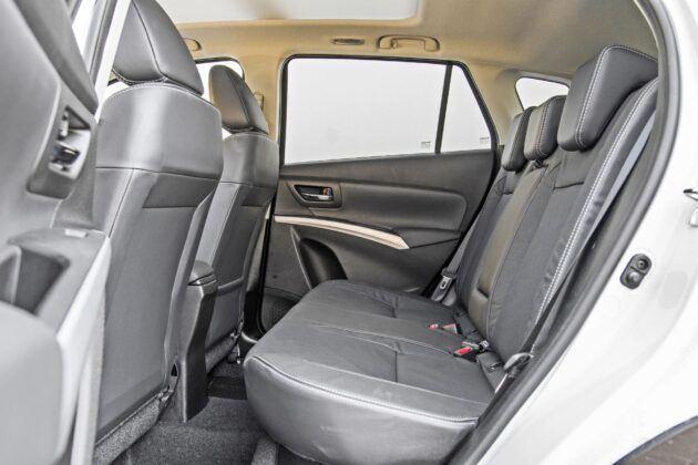 Suzuki SX4 S-Cross - tylna kanapa