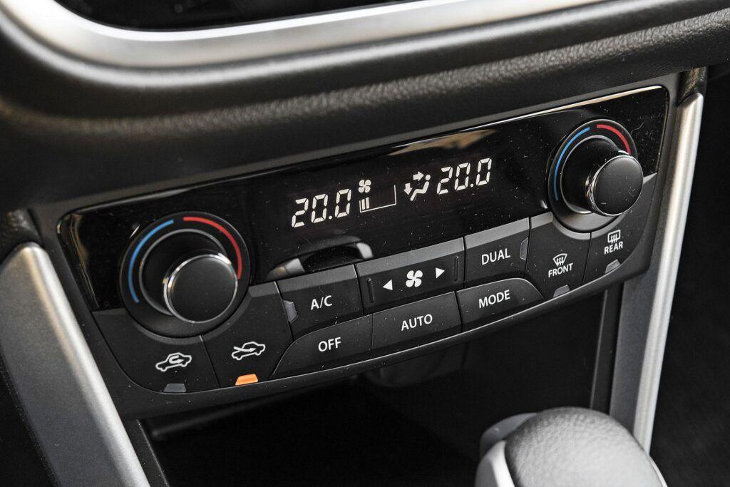 Suzuki SX4 S-Cross - klimatyzacja