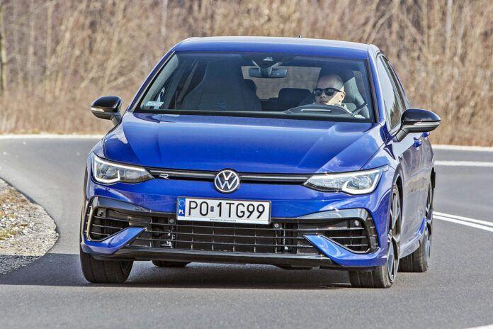 VW Golf R - przód