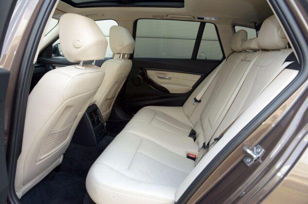 BMW 320d F31 Touring Modern Line 2.0d 184KM 8AT xDrive WY5729V 06-2013