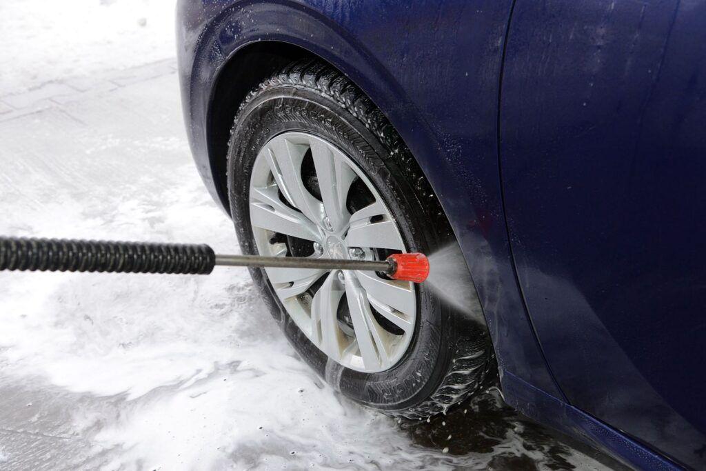 Czy zimą można umyć samochód 04
