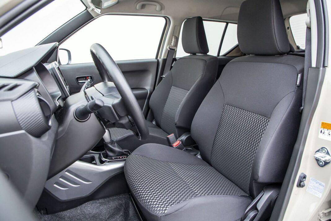 Suzuki Ignis 1.2 Hybrid CVT 02
