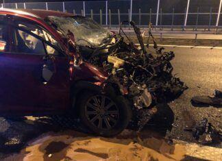 Rozbił drogiego Lexusa przy 145 km/h, bo sprawdzał spalanie!