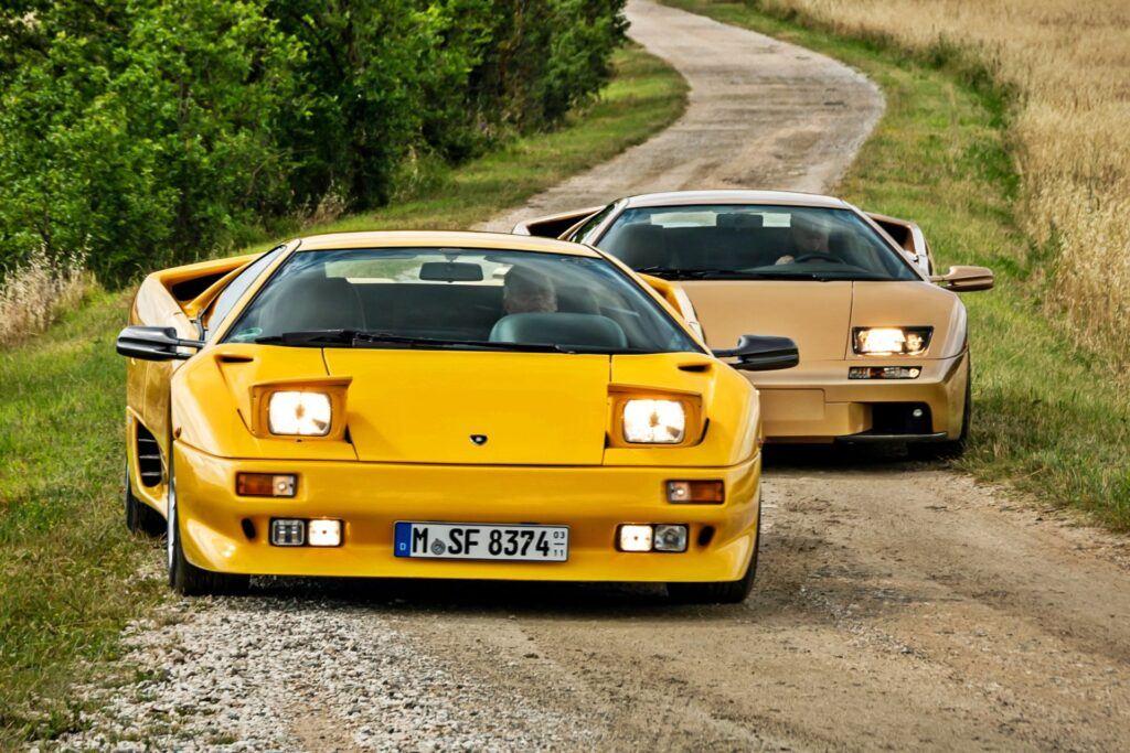 Lamborghini Diablo (1991) vs Diablo 6.0 SE (2001)