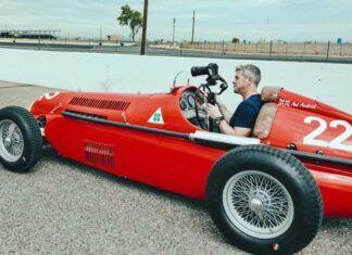 Idealny prezent? Zamień Mazdę MX-5 w wyścigową Alfę Romeo!