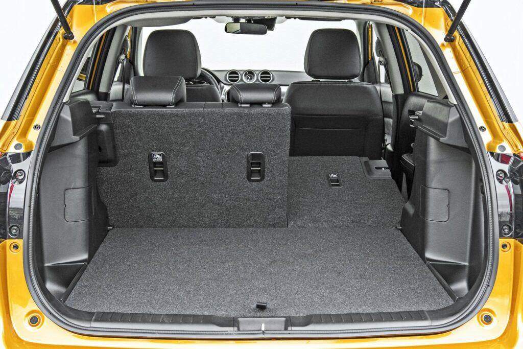 Suzuki Vitara Hybrid - bagażnik