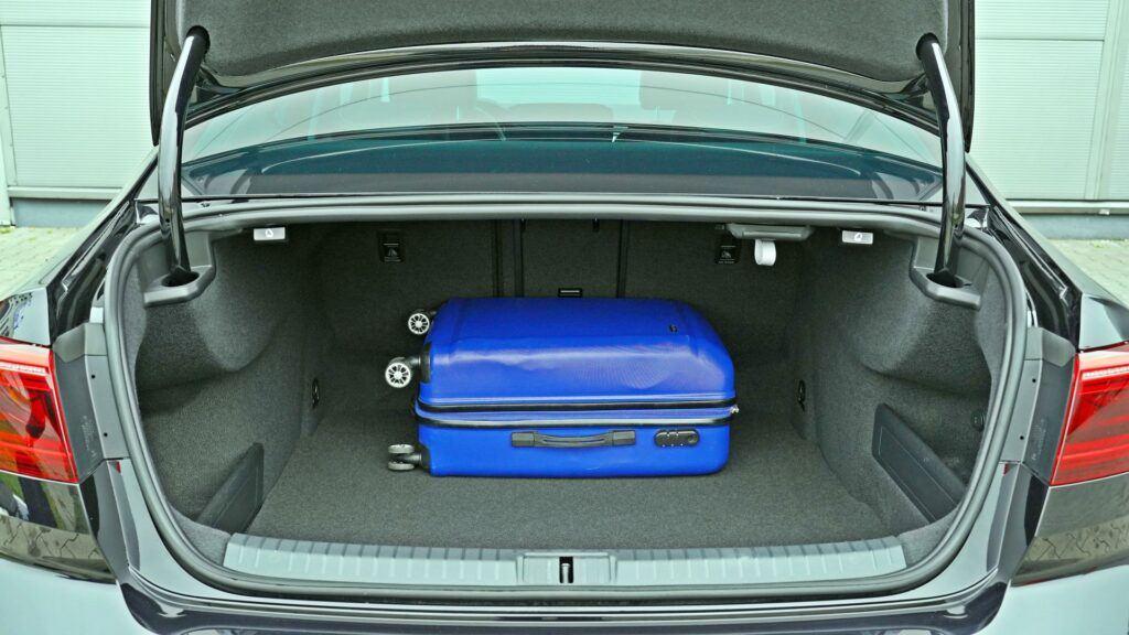 VW Passat (2020)