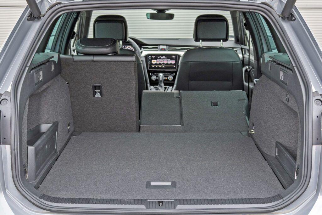 VW Passat Variant (2020)